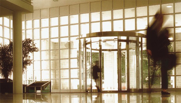 Αυτόματες συρόμενες πόρτες